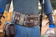 Wikinger Kampfgürtel aus Leder und Messing