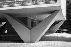 Interbau apartment building, Altonaer Straße 4–14 Berlin (1957) | Oscar Niemeyer | Ralf Streithorst Photography