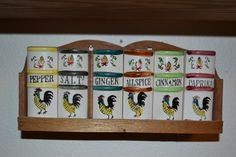 Rooster Spice Rack. Vintage from the 1950's.