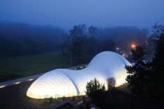 Images from 'Inflatable: Art, Architecture and Design'