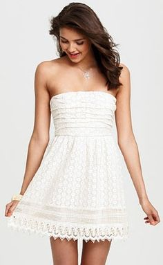 Presh white crochet is the perfect pick for graduation #delias