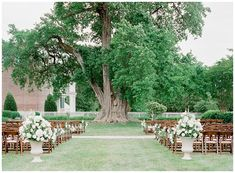 Southern wedding at Carnton Plantation in Franklin, Tennessee. Photographed by Julie Paisley Photography.