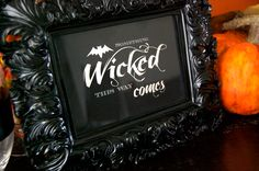 Free printable Halloween, something wicked this way comes