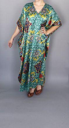 Vintage 1970s Silky Floral Print Green Southwestern Aztec Boho Hippie CAFTAN Plus Size Maxi Dress Gypsy Dashiki Ethnic Indian House Dress