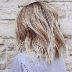 Layered Medium Hairstyles for Thick Hair - Chic Balayage Hairstyles