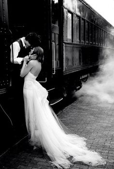 Train Photo Harry Potter Themed Wedding - Foto en tren boda Harry Potter || Érase un evento www.eraseunevento.es