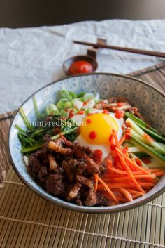 Yachae Kalguksu (Korean Knife Noodles With Vegetables ...