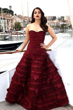 Aishwarya Rai in Oscar de la Renta at the Cannes Film Festival