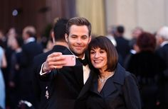 Chris Pine and his mom at the Oscars