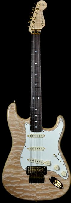 Wild West Guitars : Fender Yuriy Shishkov Master Built Stratocaster Natural Quilt