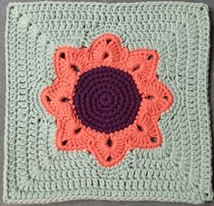 Ravelry: Project Gallery for Big Flower Afghan Square pattern by Julie Yeager