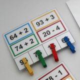 Sčítání a odčítání 2 - kolíčky, příklady s barvami #math