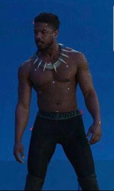 Michael b Jordan 🔥🔥🔥🔥🔥 Michael B Jordan, Jordan 3, Erik Killmonger, Crushes, Actors, Lifestyle, Nature, Men, Naturaleza