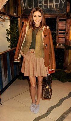 Olivia Palermo, en un look de Mulberry.  http://estilos.prodigy.msn.com/moda-belleza/la-nueva-invasión-brit#image=20