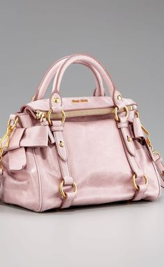 Miu miu crossbody house fashion handbags, bags и purses, bag Beautiful Handbags, Beautiful Bags, Louis Vuitton Handbags, Purses And Handbags, Latest Handbags, Miu Miu, Mode Rose, New Bag, My Bags