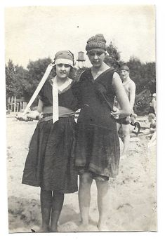 Cool Swim Caps Vintage Swim Dresses Teen Girls At The Beach Vintage Snapshot 1920's Flappers Bathing Suits Bathing Caps Vintage Photo Antique Photos, Vintage Photos, T Strap Shoes, Vintage Swim, Swim Caps, 1920s Flapper, Roaring Twenties, Flappers, Swim Dress