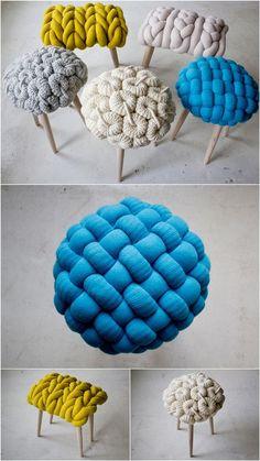 Maxi Crochê – Aprenda Como Fazer Manta com Fio de Malha Yarn Crafts, Diy And Crafts, Diy Stool, Knot Pillow, Make Blanket, Diy Casa, Diy Furniture, Diy Home Decor, Craft Projects