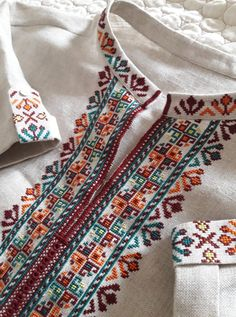 Folk Embroidery, Embroidery Patterns, Cross Stitch Designs, Cross Stitch Patterns, Palestinian Embroidery, Embroidered Towels, Bohemian Rug, Caftans, Palestine