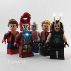 No tengo LEGOS de Infinity War todavía para hacer fotos chulas pero tranquilxs después de ver hoy la peli no tardaré en comprarme algún set. #lego #marvel #legomarvel #guardiansofthegalaxy #legoguardiansofthegalaxy #legomantis #legodrax #legostarlord #legospiderman #legoironman #avengers #legoavengers #infitywar #legoinfinitywar #legostagram #legogram #instalego #legomarvelsuperheroes #legophoto #legophotography #geek #legominifigure #marveluniverse #marvelcomics #hispalego #toy…