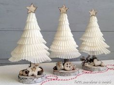 A simple Christmas project to make during a Tea-time gathering.