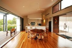 We are a leading supplier of Spotted Gum and Ironbark Hardwood Timber on the Sunshine Coast and throughout QLD. For over 20 years, Gowan Lea Timbers has built a strong reputation as a leading supplier of a full range of timber and construction supplies for builders, renovators, Councils and Government departments throughout QLD and NSW.