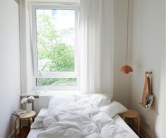 my scandinavian home: A Striking Blue Wall and Art in a Hamburg Home Small Studio Apartments, Compact Living, Guest Bed, Scandinavian Home, Dream Rooms, Blue Walls, New Room, Home Goods, Living Spaces