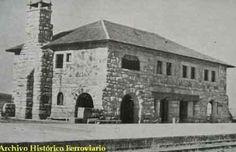 """Un equipo asturiano graba psicofonías en el edificio l La sensitiva del grupo asegura notar """"que la tocan""""     Estación ferroviaria de Abejera tras su inauguración en el año 1952.   #Abejera #fotografia #paranormal #Zamora"""