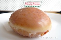 Krispy Kreme raspberry donuts - the crack cocaine of the food industry. I don't eat these anymore as KK donuts have an insane amount of sugar in them, but man they were tasty. Yummy Treats, Yummy Food, Raspberry Filling, Krispy Kreme, Food Industry, Something Sweet, I Love Food, Holiday Recipes, Cravings