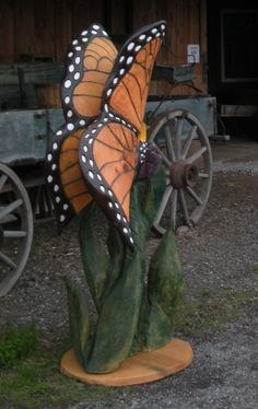 Chainsaw Art Butterfly! - Downsize for smaller log carving?