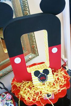 """And Everything Sweet: Olivia's Birthday Party    Love the """"o"""" mickey!"""