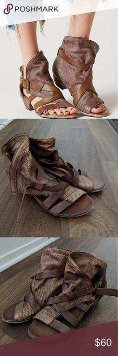 Miz mooz Cassidy sandal Miz mooz bronze sandal Miz Mooz Shoes Sandals