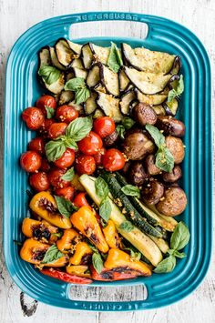 What a beautiful appetizer for summer! Fresh vegetables + Garlic Gold® = an easy antipasto platter. Recipe here: http://garlicgold.com/garlic-gold-recipes/summer-antipasto-platter/ #italian #garlicgold #summer #antipasto #appetizer