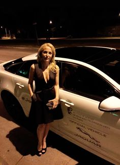 Gillian Anderson Thank you @ JaguarUSA for a fantastic evening! Stella Gibbons, Manequin, Chris Carter, David Duchovny, Gillian Anderson, Celebs, Celebrities, Famous Women, Best Actress
