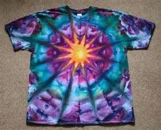 """A lot of people ask me """"how did you make that pattern? Recently, I was asked by a local art teacher and lover of tie dye how to make a Tye And Dye, How To Tie Dye, How To Dye Fabric, Tye Dye, Tie Dye Designs, Shirt Designs, Tie Dye Crafts, Diy Crafts, Diy Tie Dye Shirts"""