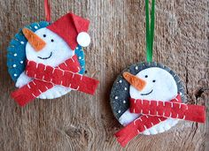 Let it snow while you stay indoors and enjoy adorable felt Christmas ornaments! This set of two handmade decorations will melt anyone's