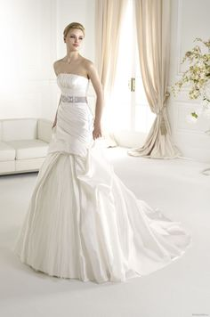 FERAS | Bridal Gowns | 2013 Collection | Avenue Diagonal