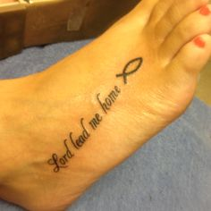This would be another cute foot tattoo!