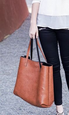 Sole Society Milan | Reversible Tote w/ Pouch in Cognac Black