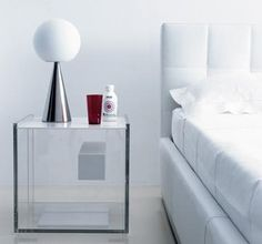 640 Segreto Zanotta Bedside Cabinet 640 Segreto designed by I. Marelli & D. Eugeni for Zanotta is a bedside cabinet with drawer. Frame in clear methacrylate. Drawer, top and base in white Plexicor. Acrylic Furniture, Glass Furniture, Modern Furniture, Furniture Design, Bedside Table Design, Bedside Tables, Retro Bedrooms, Retail Fixtures, Contemporary Side Tables