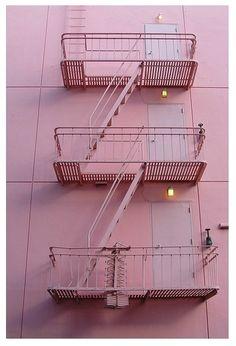 Lối thang thoát hiểm