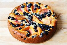 Can't wait to try this -- Peach Peach & Blueberry Greek Yogurt Cake Blueberry Yogurt Cake, Greek Yogurt Cake, Blueberry Desserts, Gourmet Recipes, Baking Recipes, Cake Recipes, Dessert Recipes, Baking Pan, Baking Soda