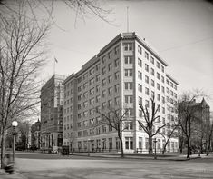 """Washington, D.C., circa 1917. """"U.S. Department of Justice, exterior, Vermont and K streets N.W."""" Harris & Ewing Collection"""