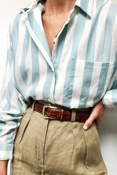 Shirts and trouser outfit ideas: Na Nin Vintage& blue striped shirt worn wi. Shirts and trouser outfit ideas: Na Nin Vintage& blue striped shirt worn with linen khaki pants Look Fashion, Fashion Outfits, Womens Fashion, Fashion Mode, Ladies Fashion, Trendy Outfits, Feminine Fashion, Fashion Ideas, Minimal Fashion Style