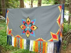 Shawl replicate this for bedspread Native American Girls, Native American Clothing, Native American Regalia, Native American Crafts, Native American Beading, American Indians, First Nations, Fancy Shawl Regalia, Tunic Sewing Patterns