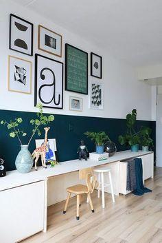 DIY Wall furniture with my sister; both beautiful and practical - Enter My Attic - DIY Wandmeubel bij mijn zus; zowel mooi als praktisch – Enter My Attic children's corner in living room