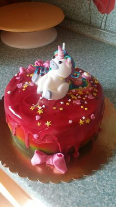 unicorn rainbow poop cake