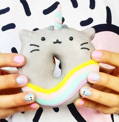 Kawaii Caticorn donut - Just Lia Donuts Tumblr, Pusheen Birthday, Cute Donuts, National Donut Day, Delicious Donuts, Food Patterns, Donut Recipes, Cute Cakes, Cute Food