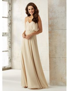 Mori Lee Bridesmaid 21507 is a Boho inspired bridesmaid dress. This chiffon A line dress has a draped overlay bodice with spaghetti straps that criss cross across the back. Mori Lee 21507 has a beaded waistband that accents the natural waist. Dresses Uk, Cheap Dresses, Flower Girl Dresses, Prom Dresses, Wedding Dresses, Mori Lee Bridesmaid Dresses, Champagne Bridesmaid Dresses, Bridesmaids, Wedding Gown Sizes