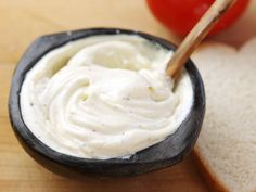 The Food Lab: Homemade Mayonnaise in Two Minutes or Less Healthy Mayonnaise, Homemade Mayonnaise, Eggless Mayonnaise Recipe, Gourmet Recipes, Cooking Recipes, Healthy Recipes, Healthy Sauces, Chicken Fricassee, Candied Almonds