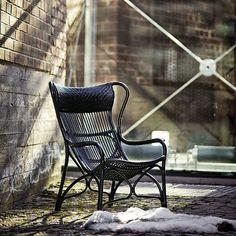 Wonderful chair from Parolan rottinki, Finland.  http://instagram.com/p/n2gUmzLMfV/?ref=badge&modal=true